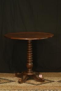 n. 140 - Tavolino - mogano - epoca 1840 - cm. 76 x 82
