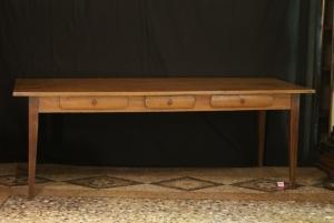 n. 141 - Tavolo - metà 19° secolo - cm. 223 x 80 x 86